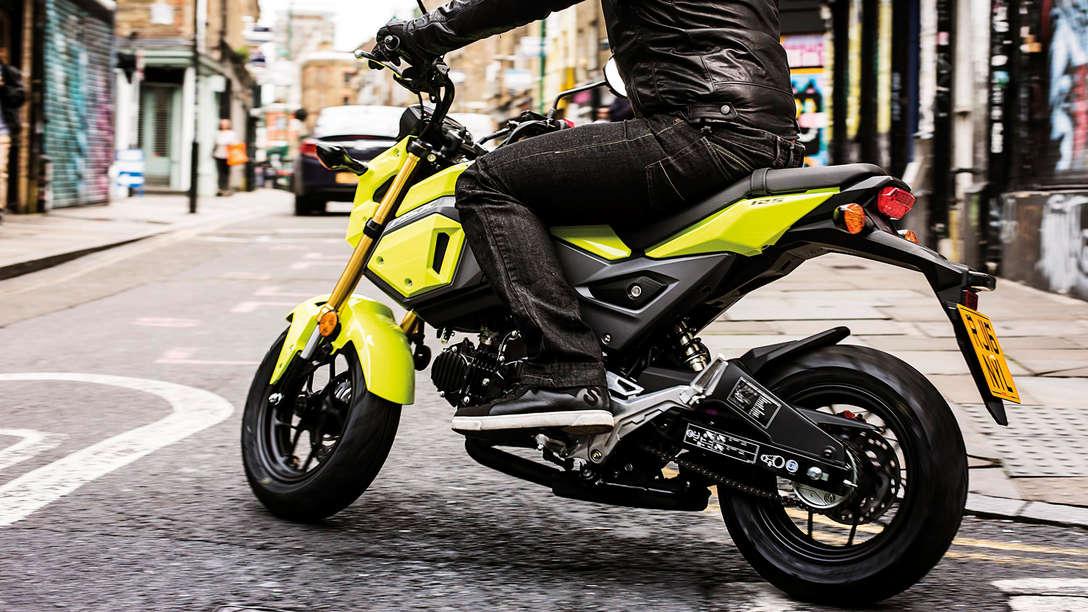 Honda MSX 125 neongelb